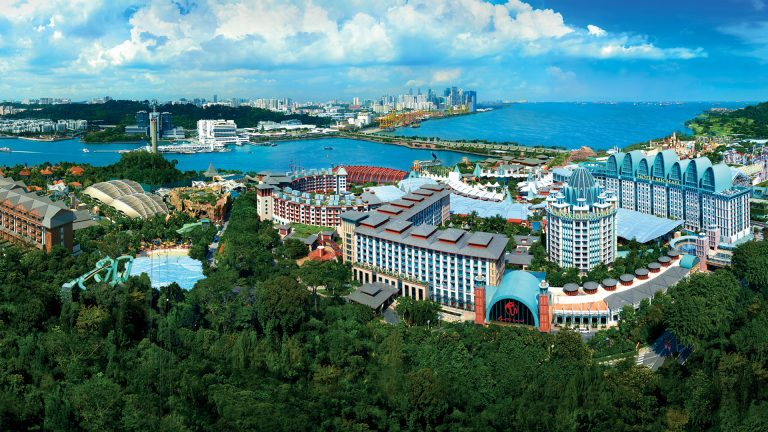 Here's Why You Should Head to Resorts World Sentosa Singapore For Your Summer Holiday