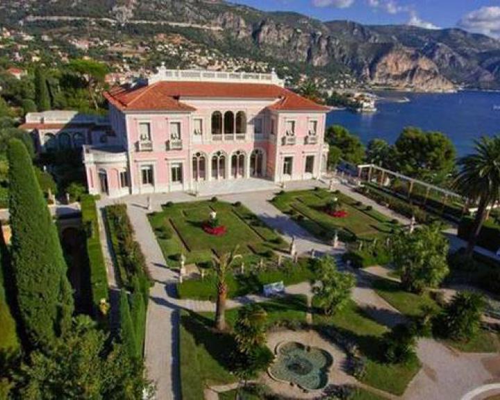 Cedres Villa