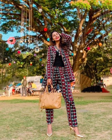 Karishma Sakhrani blogger