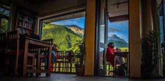 cafe illiterati in dharamshala