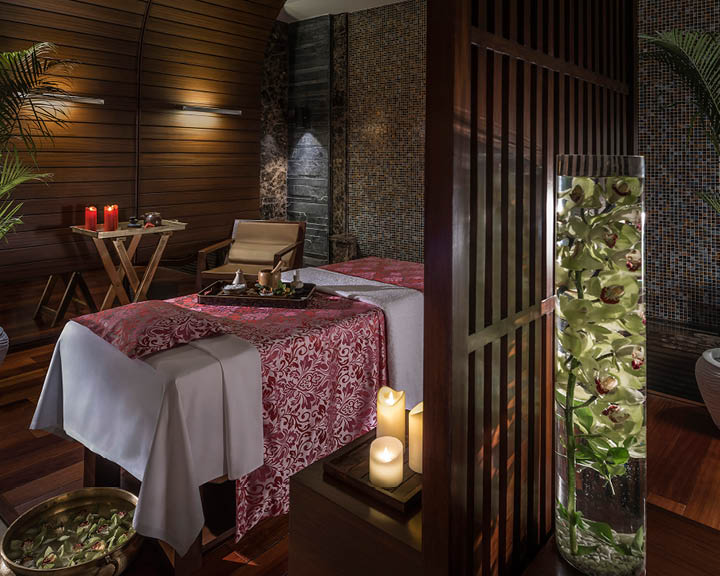 CHI Shangri-La's–Eros Hotel