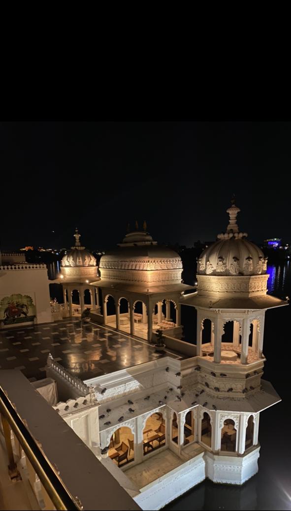 Taj Lake Palace Whisky Lounge