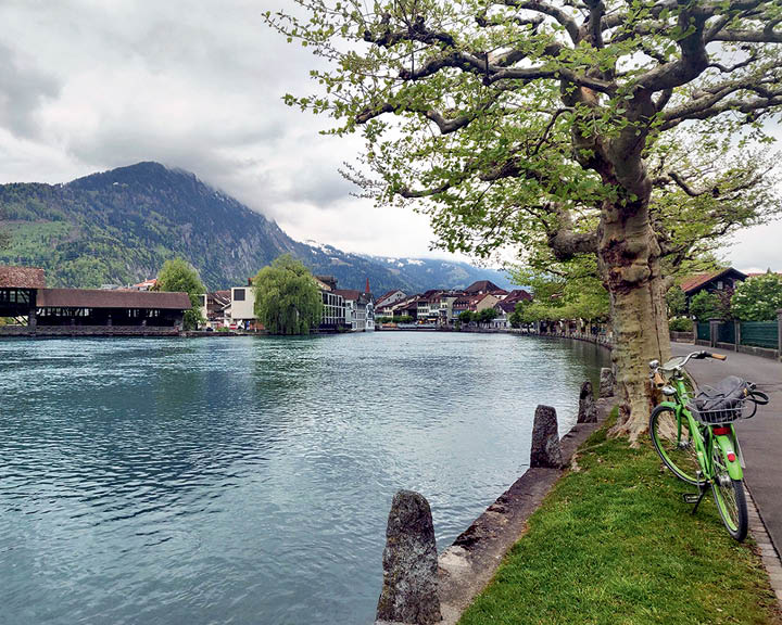 mythrowbacktrip Switzerland