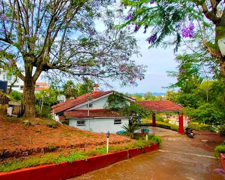 Nilgiris Colonial Bungalow