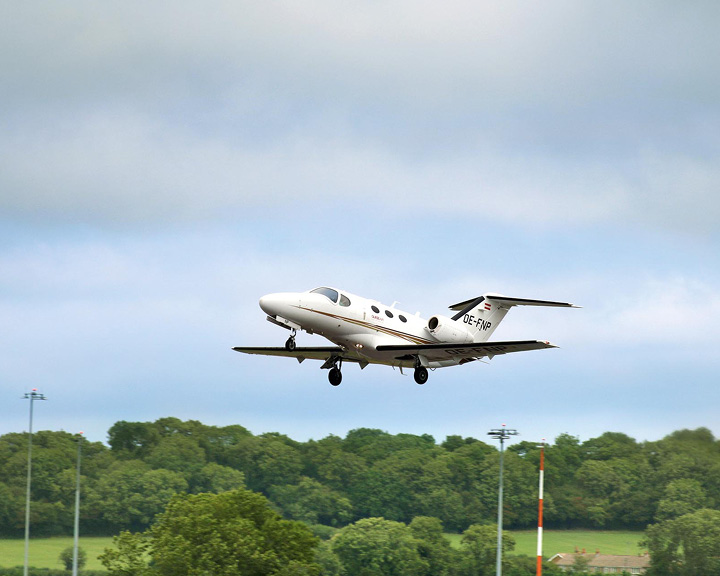 Private Jets Charter Flights